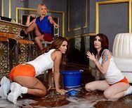 Красивый групповой лесбийский секс стройных молоденьких девочек - 1