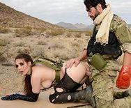 Порно пародия Metal Gear Solid 5 с анальной еблей - 4