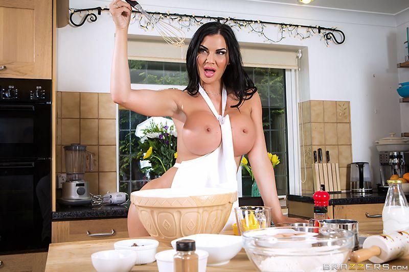 Видео порно грубый секс на кухне с длинноногой 3