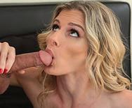 Секс худой сексуальной опытной красотки с накаченным соседом - 3