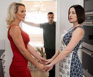 Порно опытной сексуальной блондинки с мужем сестры - 1