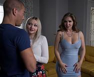 Порно анал парня с привлекательной сестрой подружки - 1