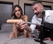 Жесткий секс длинноногой давалки с опытным мужиком - 2