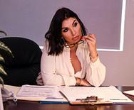 Анальный секс с молодой сексуальной секретаршей в офисе - 1