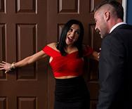 Жесткий секс босса с нового сексуальной секретаршей - 2