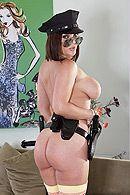 Смотреть анальное порно с грудастой брюнеткой в униформе #4