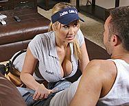 Безумный секс с горячей молодой блондинкой с большими сиськами - 1