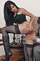 Анальный секс черноволосой красотки в чулках #3