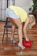 Смотреть жесткое порно в очко блонды с большими сиськами #4