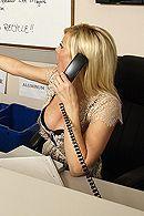 Трах в пизду с красивой секретаршей с большими сиськами #4