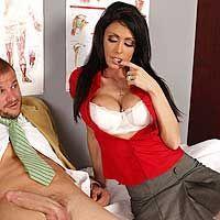 Смотреть классический секс студента с горячей медсестрой с большими сиськами