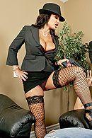 Смотреть порно грудастой зрелой начальницы на длинном пенисе #4