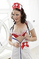 Смотреть секс пациента с жопастой медсестрой в чулках #5