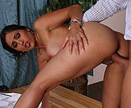 Смотреть красивый секс брюнеточки с большими сисечками - 4