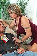 Анальный секс блондинки с большой задницей и натуральными сиськами #5
