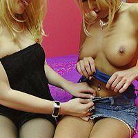 Смотреть порно светловолосых лесбиянок с секс игрушками