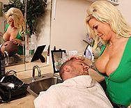Смотреть трах в пизду со зрелой красивой блондинкой с большими сиськами - 1