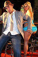Горячей секс втроем с парочкой элитных проституток #5