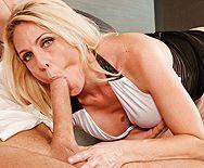 Смотреть красивый секс с привлекательной зрелой блондинкой - 2