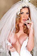 Смотреть трах в пизду сексуальной блондиночки с огромными сиськами #1