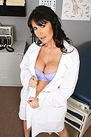 Смотреть порно молодого пациента с горячей медсестрой в палате #1