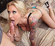 Смотреть трах в пизду с красивой блондинкой с татуировками и большими сиськами - 2
