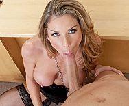 Классический секс с сексуальной блондой в черных чулках - 2