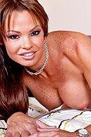 Красивый секс латинской брюнетки с большими сиськами #3