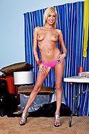 Смотреть красивое порно с красивой молоденькой блондинкой #2