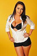 Милая брюнетка в униформе медсестры трахается со своим другом #1