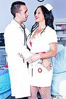 Анал доктора с медсестрой с упругой попкой #5