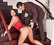 Смотреть сочный анал с пышной девушкой в эротическом корсете - 1