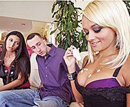 Смотреть жаркий домашний секс со страстной молодой блондинкой - 1