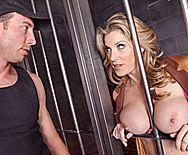 Смотреть жаркий секс бандита с пышногрудой заложницей - 1