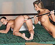 Сексуальные ненасытные лесбиянки жестко трахаются игрушками - 5