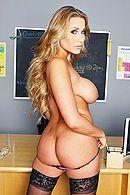 Смотреть порно студента с развратной училкой с большими сиськами #2