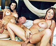 Смотреть шикарный групповой анальный секс с двумя красотками - 3
