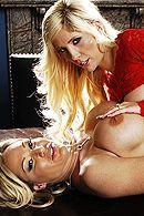 Смотреть жаркое групповое порно с секретаршами #3