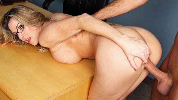 Страстный секс опытной училки со струдентом