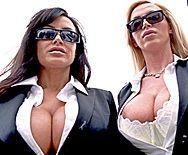 Страстный секс втроем охранника с двумя сексуальными проститутками - 1