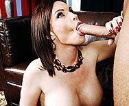 Смотреть горячий секс друга дочки со зрелой развратной мамашкой - 2