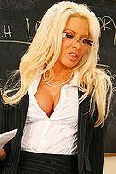 Смотреть трах в пизду со зрелой училкой блондой с большими сиськами #5