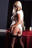 Красивое порно с красивой блондинкой с огромными сиськами #2