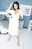 смотреть порно худенькой медсестры с пациентом #1