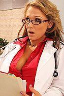 Смотреть нежный секс пациента с сексуальной пышной медсестрой #5