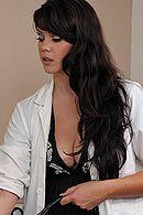 Смотреть секс милой медсестры с пациентом #5