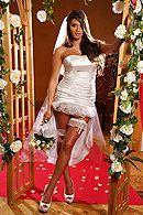 Красивый секс с сексуальной шатенкой невестой #1