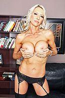 Смотреть порно босса со зрелой секретаршей в офисе #2