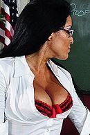 Смотреть секс директора со школьной училкой в униформе #5