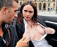 Анальный секс именинника с красивой молодой проституткой в красном нижнем белье - 1